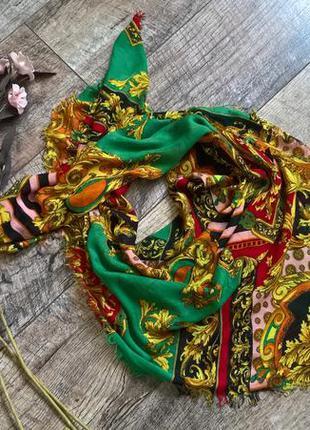 Вискозный изумрудный платок/красивая пестрая раскраска/от anna