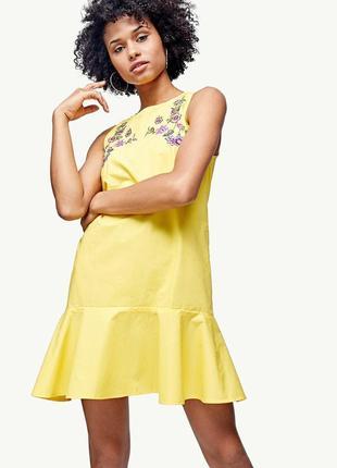 Шикарное хлопковое платье с вышивкой