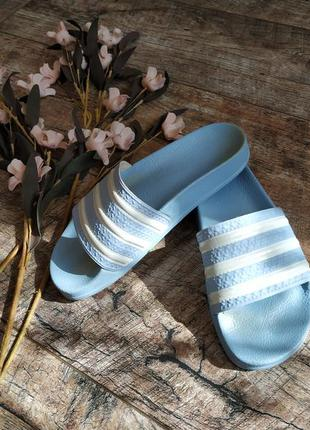 Шлепанцы adidas adilette голубые,анатомическая стелька-37р
