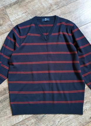 Мужской темно-синий свитер с v-образным вырезом от marks&spencer