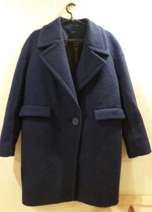 Трендовое шерстяное лавандовое пальтішко от benetton united co...