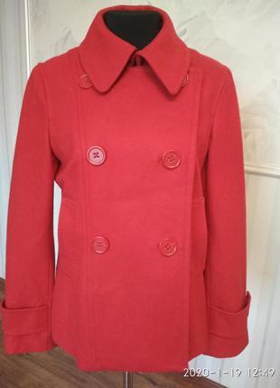 Красивое, яркое короткое пальто, размер 48-50-52 (16 англ.).