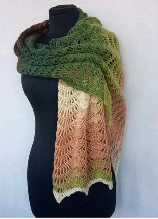 Вязаный палантин-шарф