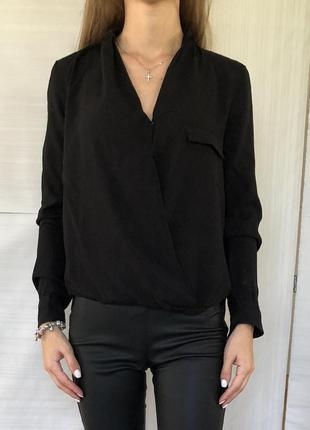 Чёрная рубашка на запах zara