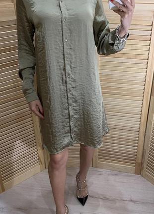 Атласное платье с вышивкой atm