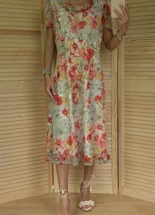 Воздушное платье миди monsoon