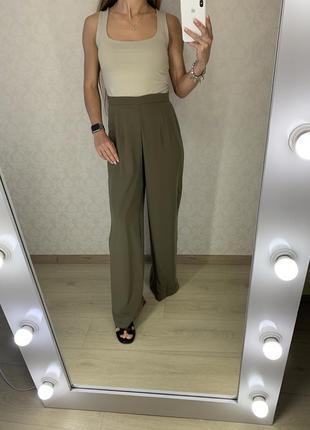 Легкие брюки палаццо alice&you