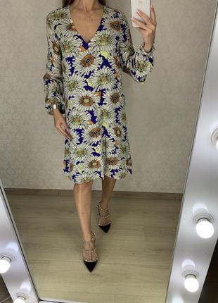 Легкое платье в ромашках h&m