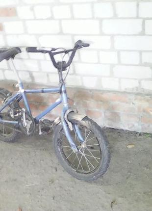 Дитячий велосипед. діаметр колеса 42 см.