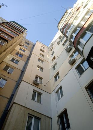 Утепление отделка  стен фасадов квартир домов  дачь