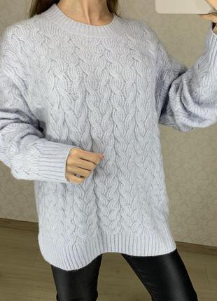 Объемный небесно голубой свитер красивой вязки h&m