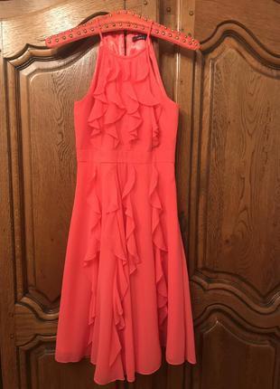 Коктельное,вечернее,повседневное коралловое платье без рукавов...