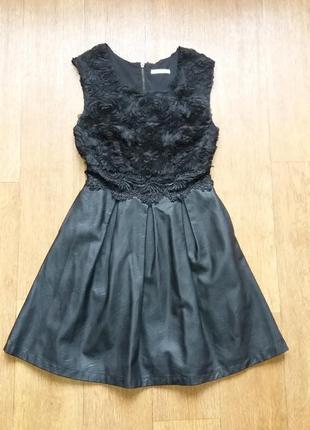Платье нарядно с эко кожи