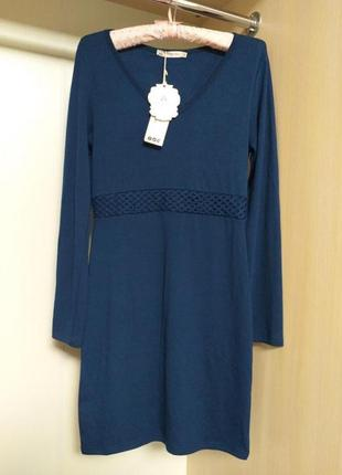 Тёплое платье с длинным рукавом