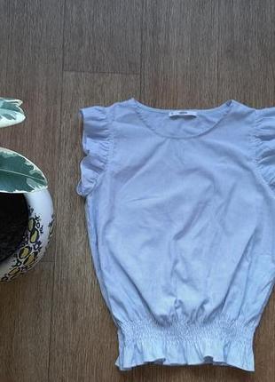 Блузка летняя с воланами на рукавах