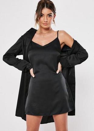Невероятное атласное платье в бельевом стиле