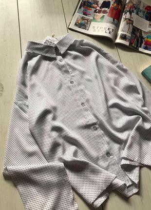 Белая рубашка в горох