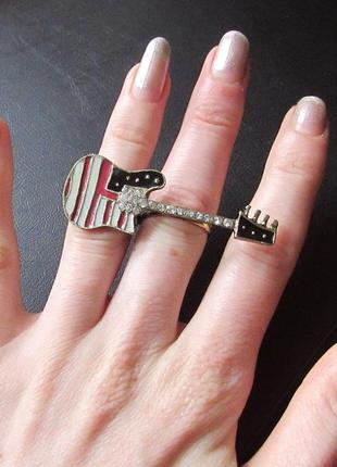 🏵модное кольцо на 2 (два) пальца гитара в стразах, безразмерно...