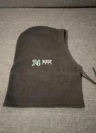 Флисовая шапка карюшон