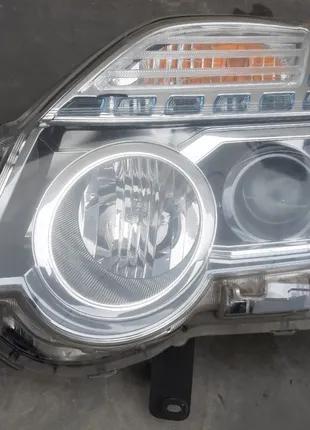 Nissan X-Trail T31 Фара 26060-3UF5A