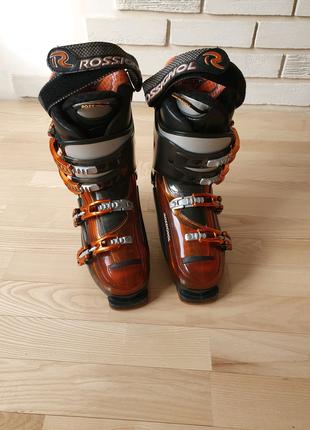 Лижні черевики