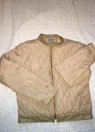 Стёганая куртка ветровка с кожаными вставками