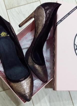 Крутые туфли-лодочки кожа/текстиль на 40-41 размер