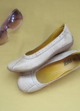 Кожаные качественные балетки туфли fugu , р.33, длина 21 см