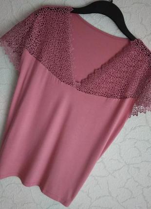 Шикарная, футболка-блуза,с кружевним верхом,в терракотовом цвете.