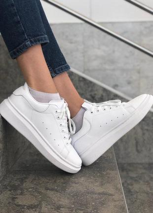 Шикарные женские кожаные кроссовки alexander mcqueen white 😍 (...