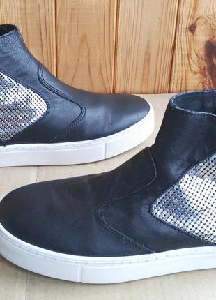 Новые итальянские сникерсы стильные полностью кожаные ботиночк...