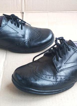Новые полностью кожаные ортопедические туфли ботиночки pod