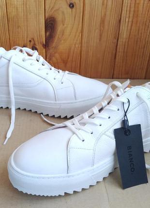 Новые белые кожаные стильные итальянские кроссовки мокасины ке...