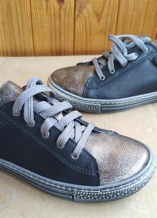 Супер стильные кеды полностью кожаные кроссовки новые мокасины...