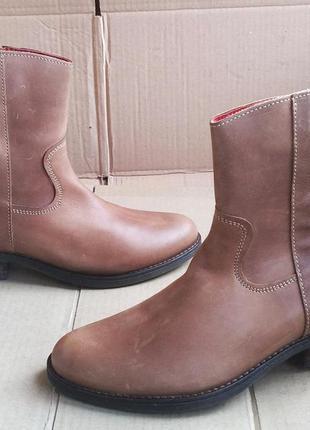 Шикарные комфортные новые полностью кожаные стильные полусапож...