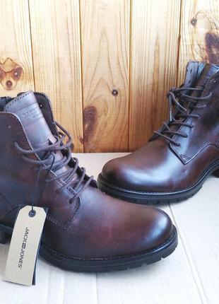 Кожаные демисезонные новые ботинки  jack & jones