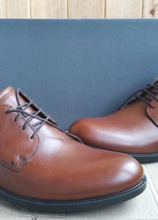 Шикарные кожаные новые туфли ecco мокасины оригинал в коробке