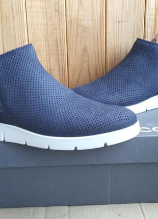 Супер стильные новые кожаные ботиночки полусапожки ecco мокаси...