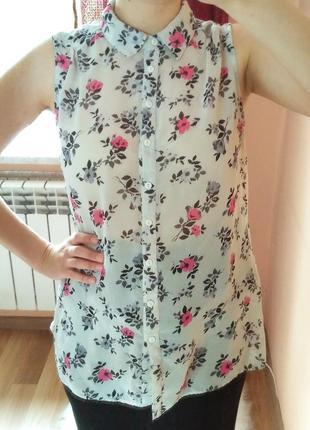 Очень красивая блузочка new look в цветы. размер m-l