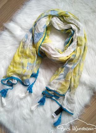 Новый легкий весенний шарф в цветы dorothy perkins