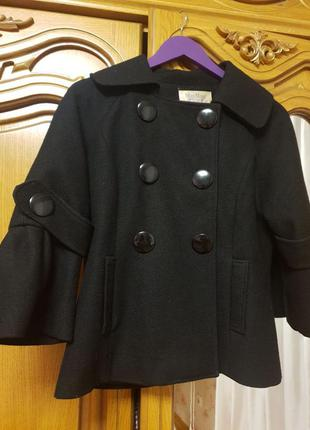 Продам фирменное пальто max mara