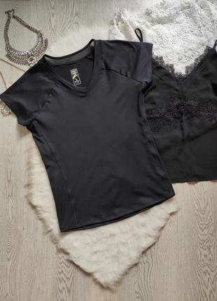 Черная спортивная футболка майка с вырезом сеткой супер стрейч...
