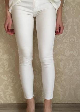 Abercrombie and fitch оригинал джинсы скинни белые перламутровые