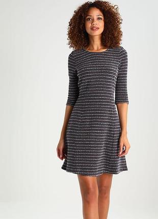 Hugo boss оригинал дизайнерское трикотажное теплое платье