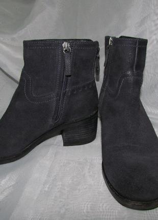 Ботинки осенние на удобном каблуке, натуральный замш.