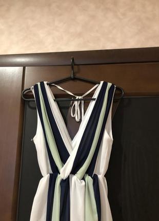 Шикарное трёхцветное вечернее платье в пол бренда tfnc london....