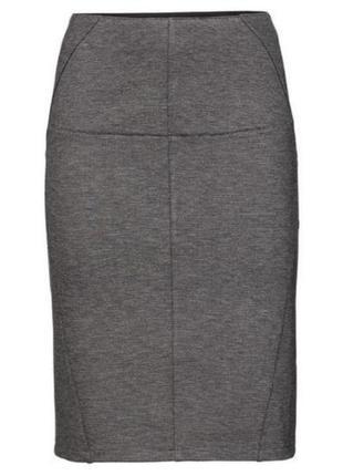 Базовая трикотажная юбка карандаш серого цвета esmara