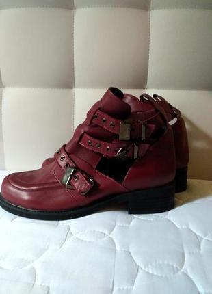 Ботинки бордо кожа кожаные с ремешками  казаки на широку ногу ...