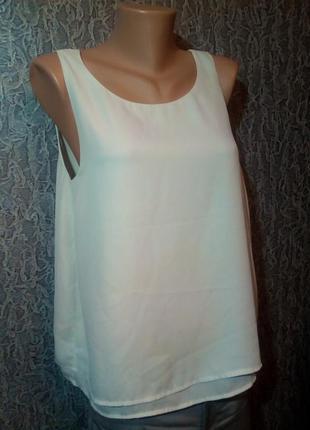 Белая блузка двойная.