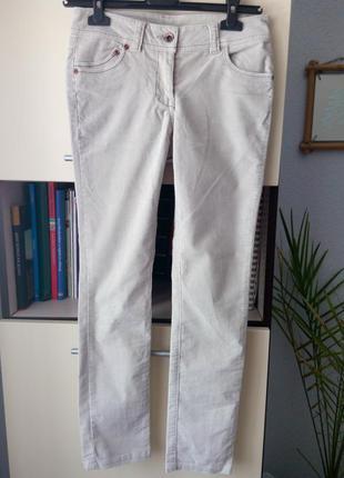 Красивые вельветовые джинсы here&there светло-песочного цвета